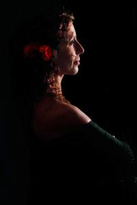Ay Carmela 2 - Puy Navarro as Carmela